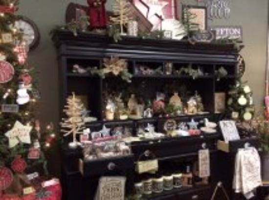 Bluffton, OH : Wide Selection of Gifts and Home Decor