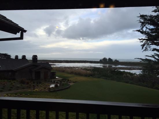 Bodega Bay Lodge: All room have bay view...