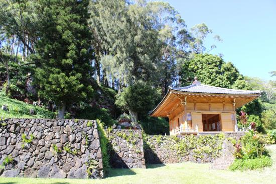 Kalaheo, Hawaje: The new interfaith sanctuary, the latest of several sacred spaces successively built on the site
