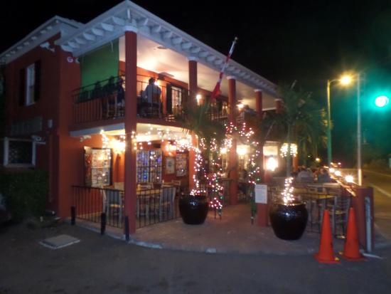 Hamilton Parish, Islas Bermudas: Swizzle Inn over the holidays