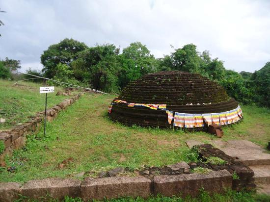 Восточная провинция, Шри-Ланка: Stupa