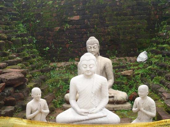 Eastern Province, Sri Lanka: Buddha