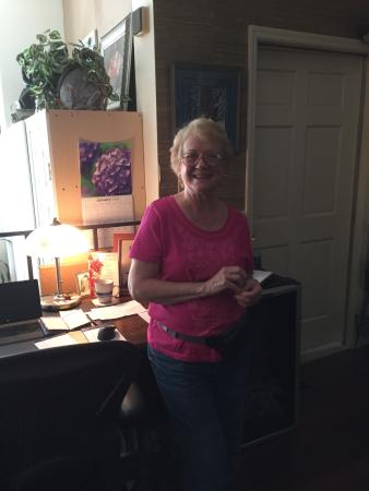 Roussell's Garden: Our Hostess Janet Roussell