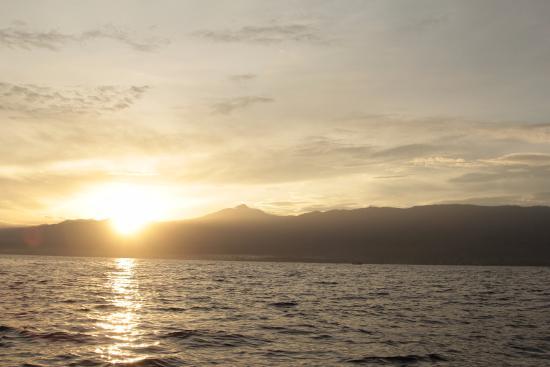 Lovina Beach: sunrise