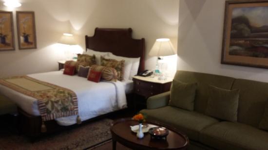 The Claridges Nabha Residence, Mussoorie: Bedroom