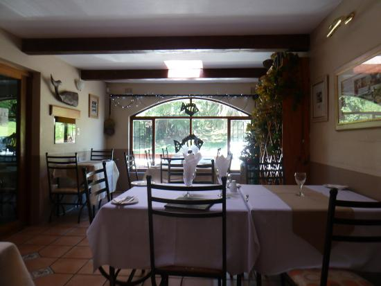 Crayfish Inn: Inside the more formal seating area