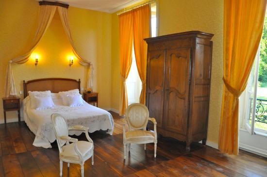 Château de la Foltière : Chambre Pissaro