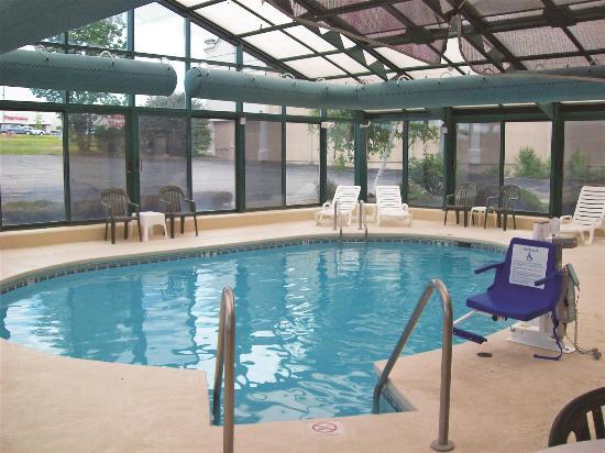 La Quinta Inn Wausau: Pool view