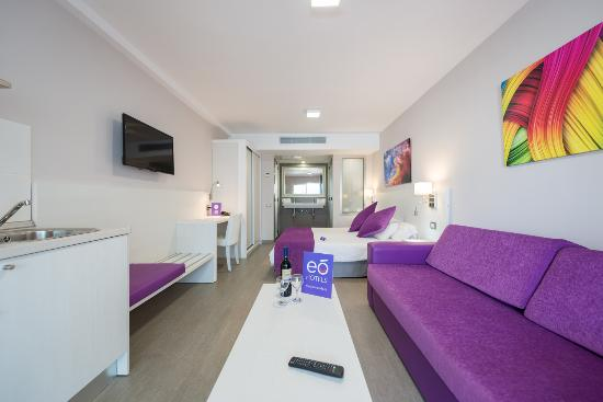 eo Hotels Corona Cedral Apartments
