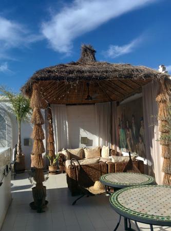 Riad Aguaviva: Rooftop sitting area