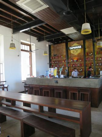 Taphouse by RnR Galle