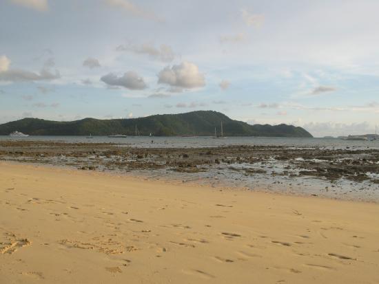 By The Sea: Пляж в отлив