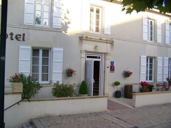 Jarnac Champagne, Frankrig: vue de la façade