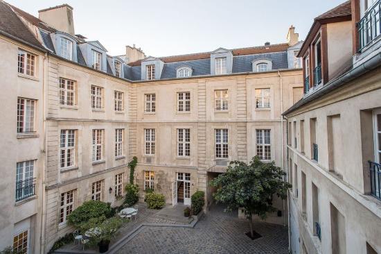 Auberge jeunesse mije fourcy paris marais picture of auberge de jeunesse - Paris auberge de jeunesse ...
