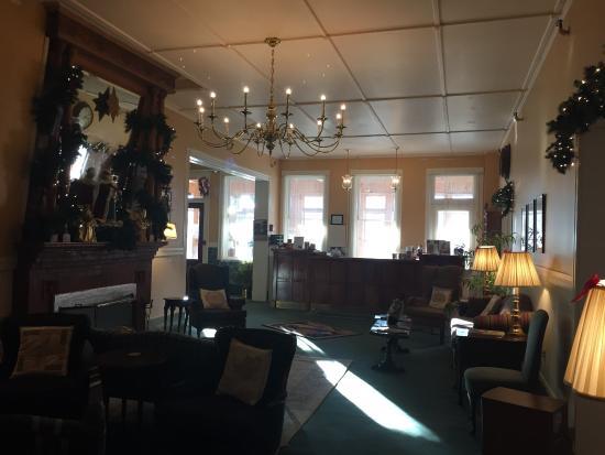 Brandon, VT: entry room