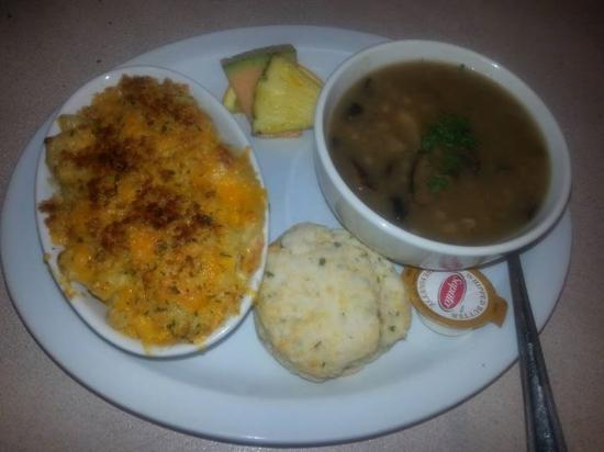 Petrolia, Canada: Weekly special bacon Mac and cheese