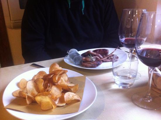 Cerreto di Spoleto, อิตาลี: Tagliata di carne con sfoglie di patata