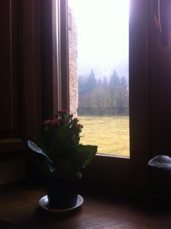 Cerreto di Spoleto, อิตาลี: Panorama dalla finestra vicino al nostro tavolo