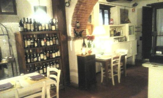 Vicchio, Włochy: Interno 1