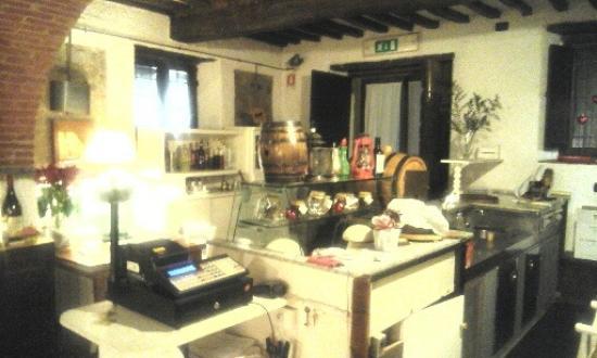 Vicchio, Italië: Interno 2