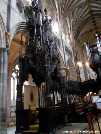 Exeter Cathedral: Cathedra
