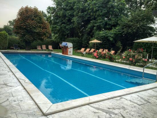Clarion Hotel Hirschen: Pool