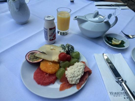 Clarion Hotel Hirschen: Breakfast