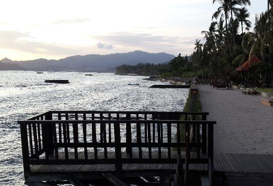 Ramayana Candidasa: Man-made beach area