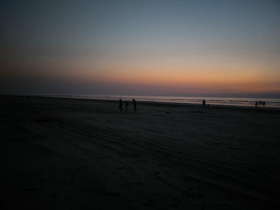 Awas Beach: sunset at Village Awas