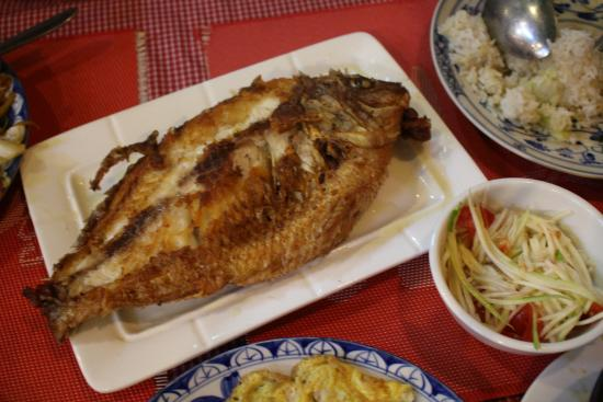 Fried red fish very good picture of nai khmer for Good fried fish near me