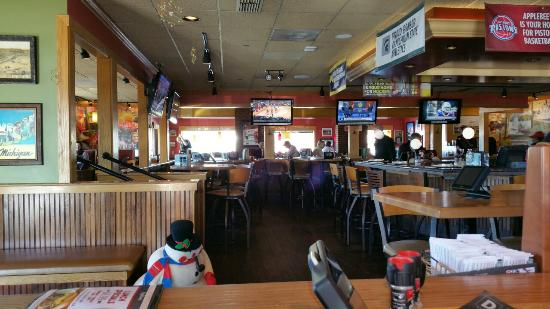 Photo of American Restaurant Applebee's at 1825 E Sherman Blvd, Muskegon, MI 49444, United States