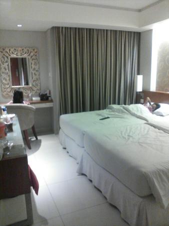 Adhi Jaya Sunset Hotel: IMG_20160103_205435_large.jpg