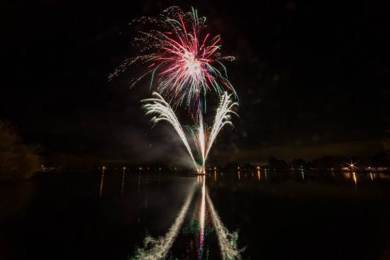 Cosgrove, UK: Fireworks