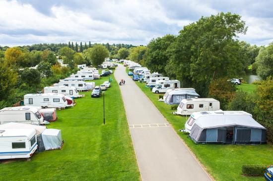 Cosgrove, UK: Touring Caravans