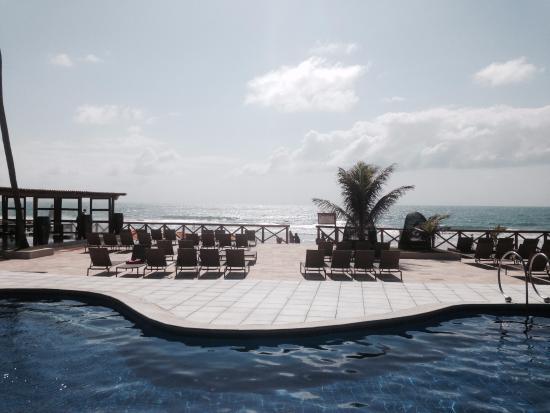 Porto de Galinhas Praia Hotel: Área da piscina