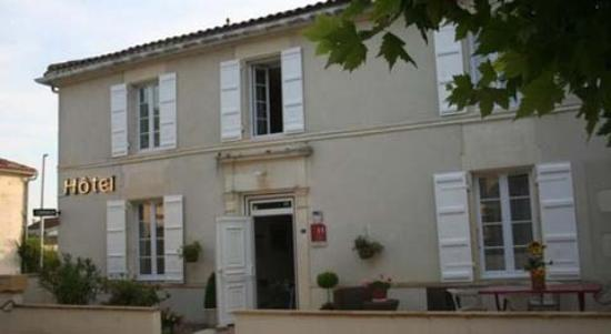 Jarnac Champagne, Prancis: Façade