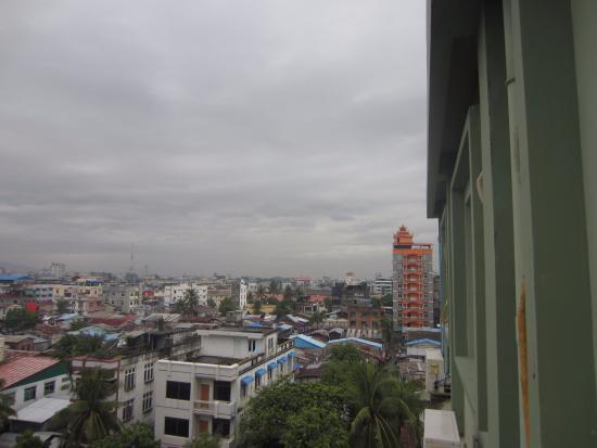Hotel Yadanarbon: Blick vom Hotel