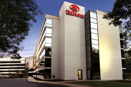 Hilton Durham near Duke University: Exterior - Dusk
