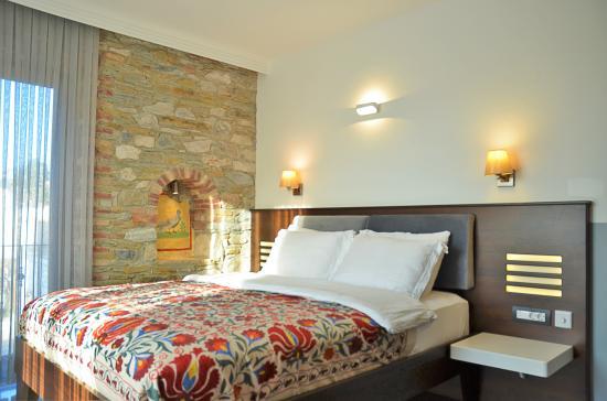 Ayasoluk Hotel & Restaurant: Pool side room