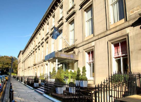 Hilton Edinburgh Grosvenor: Hotel Exterior
