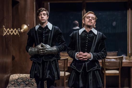 Na Zabradli Theater : Hamleti / Hamlets
