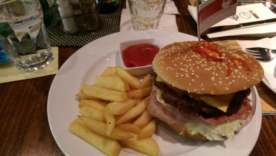 La Cultura Big Fat Burger