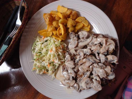 El Rancho de Goma: Lomito al Champiñon