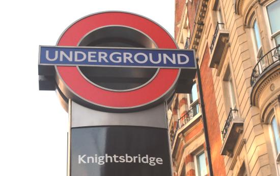 Basil Street Apartments: Knightsbridge Station