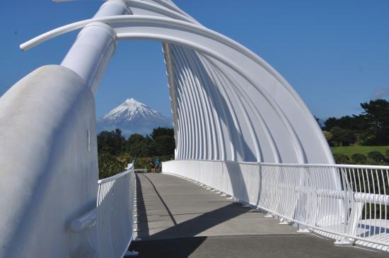 New Plymouth, New Zealand: Mt Taranaki through the arches of the Millennium Bridge