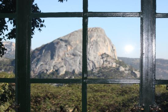 Juliasdale, Zimbábue: View of Ruparara from the dining room