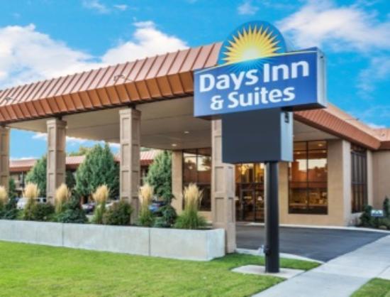 Photo of Days Inn & Suites Logan