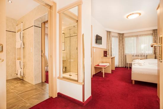 Wohn komfortzimmer picture of hotel alpenhof kristall mayrhofen