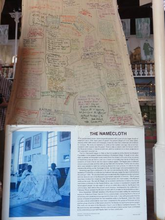 District Six Museum: name cloth