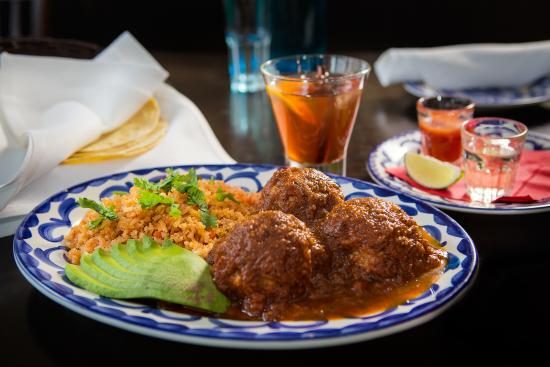 Photo of Mexican Restaurant Milagro at 3187 Yonge St, Toronto M4N 2K9, Canada